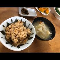 華|松戸市 本町のキャバクラ|THEMIS(テミス)